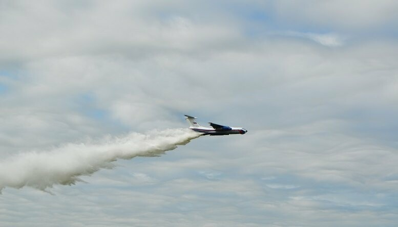 Фигуры высшего пилотажа, воздушный бой и выставка техники - фотообзор авиашоу в Тамбове, фото-13