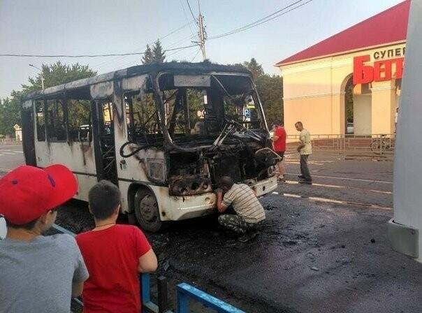 В Моршанске загорелся автобус с пассажирами. ВИДЕО, фото-1