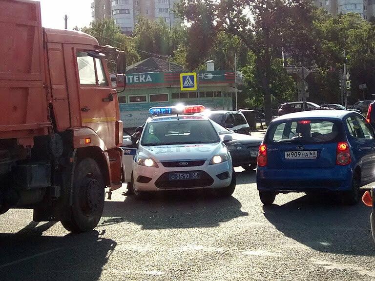 ДТП на перекрестке Мичуринской и Куйбышева: чудом не пострадал маленький ребенок, фото-4
