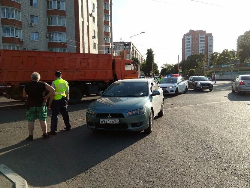 ДТП на перекрестке Мичуринской и Куйбышева: чудом не пострадал маленький ребенок, фото-5