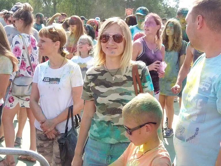 Тамбовчан раскрасили во все цвета радуги в парке Победы, фото-12