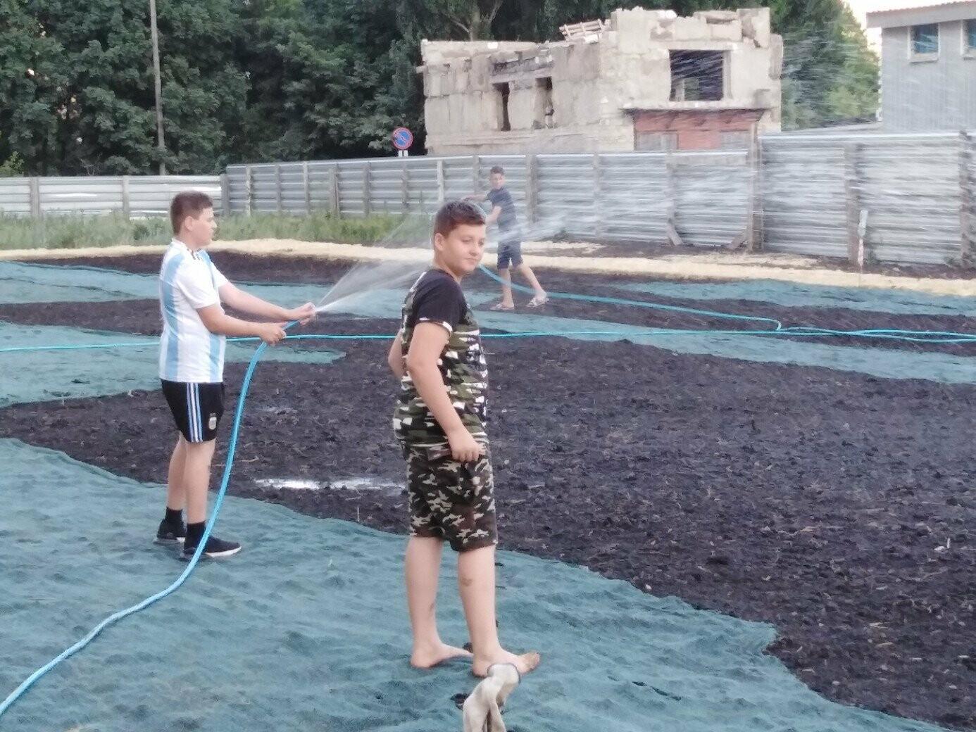 В Тамбове жители улицы Сабуровской обустроили футбольное поле, фото-5