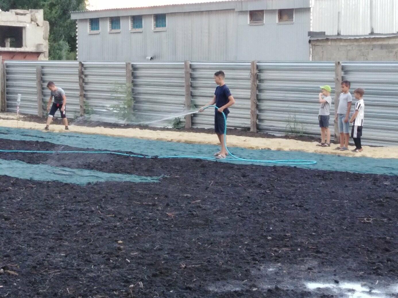 В Тамбове жители улицы Сабуровской обустроили футбольное поле, фото-8