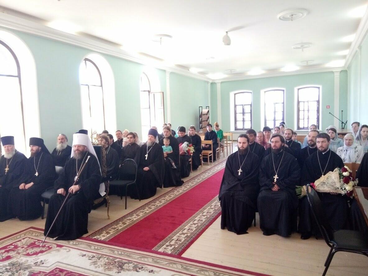 В Тамбовской духовной семинарии вручили дипломы выпускникам, фото-8