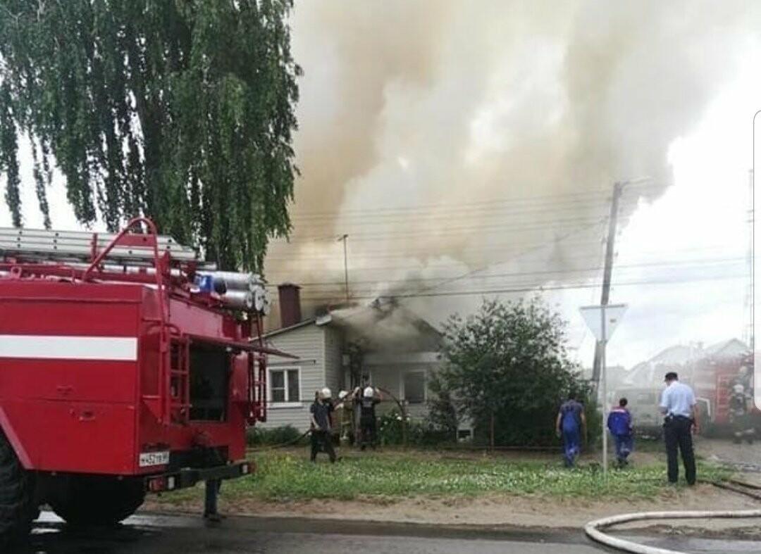 На севере Тамбова сгорели два дома с надворными постройками, фото-8