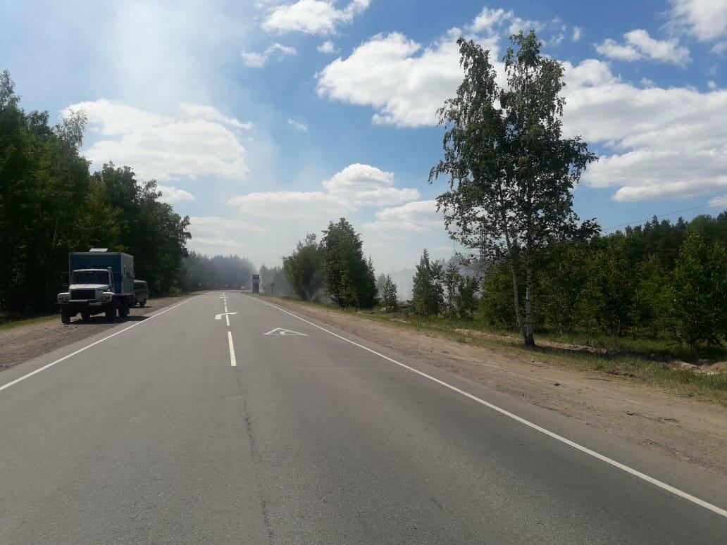 Федеральную трассу «Тамбов-Пенза» перекрыли из-за обрыва проводов и пожара, фото-2