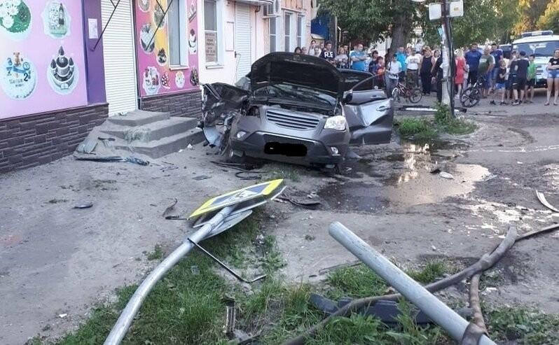 В Моршанске в ДТП с участием «скорой» погибла фельдшер, еще четверо пострадали. ВИДЕО, фото-2