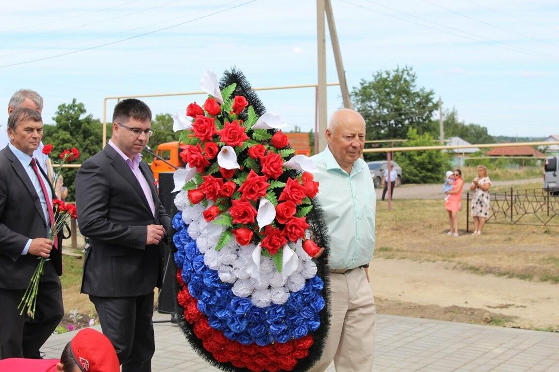 В селе Верхнее Нащекино Бондарского района открыли мемориальный комплекс, фото-3