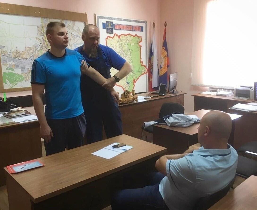 Тамбовские автоинспекторы готовы оказать первую медицинскую помощь на месте ДТП, фото-1