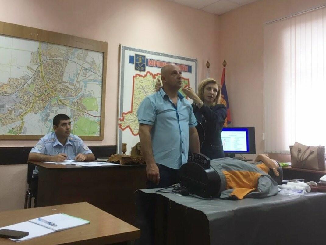 Тамбовские автоинспекторы готовы оказать первую медицинскую помощь на месте ДТП, фото-4
