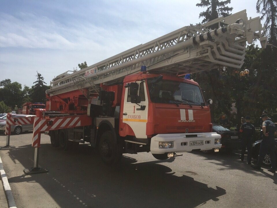 Тамбовский краеведческий музей оказался охвачен огнем, фото-7