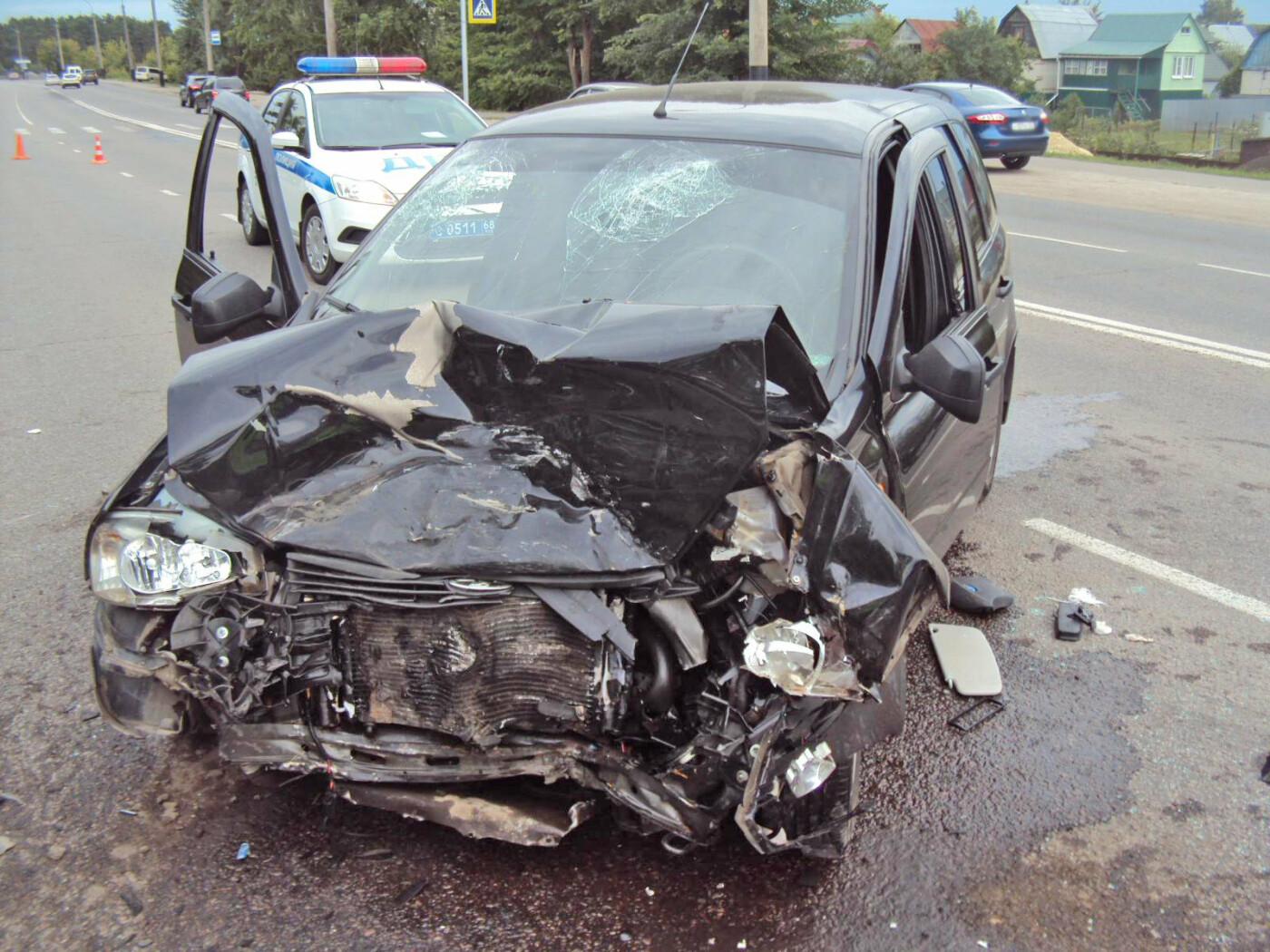 В Тамбове на Рассказовском шоссе при столкновении двух легковушек пострадала школьница, фото-2