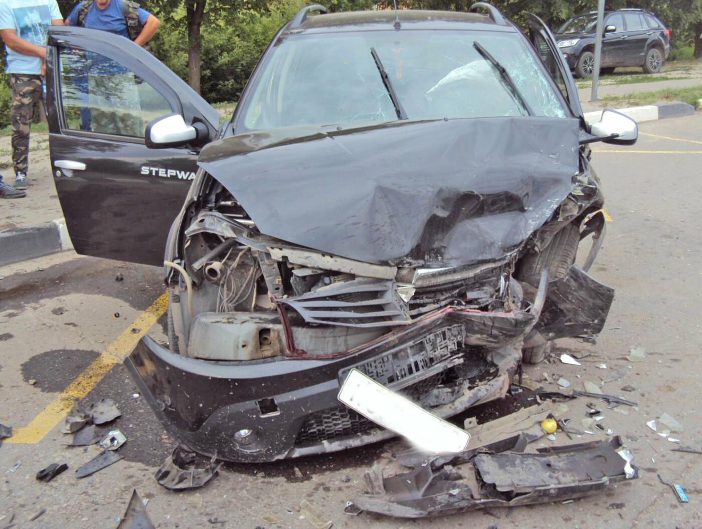 В Тамбове на Рассказовском шоссе при столкновении двух легковушек пострадала школьница, фото-1