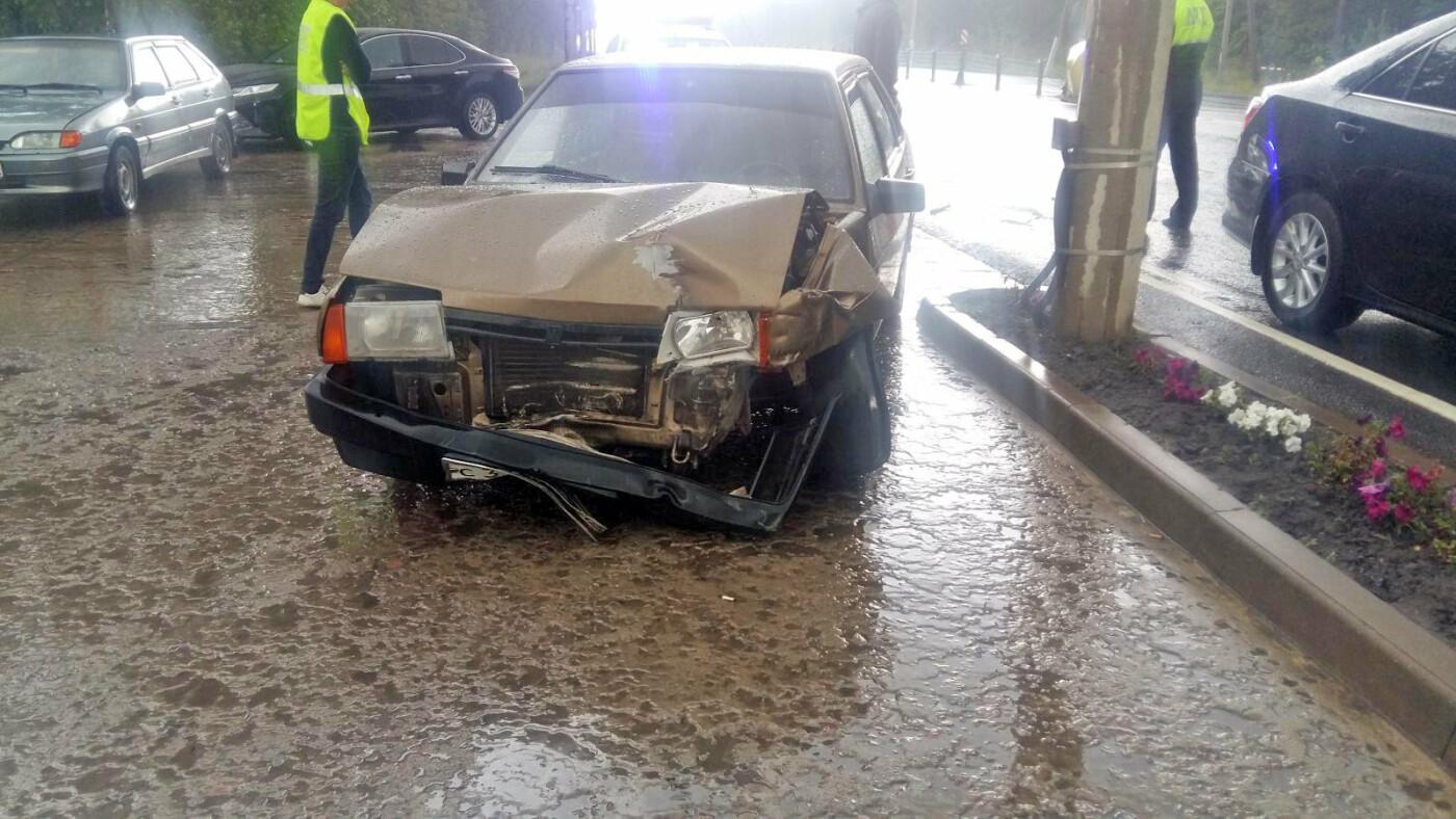 На трассе «Тамбов-Пенза» при столкновении двух легковушек пострадал 10-летний мальчик, фото-1