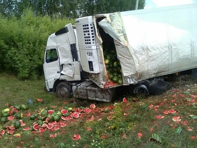 В Тамбовской области на трассе Р-22 произошло серьезное ДТП: движение затруднено, есть погибший, фото-9