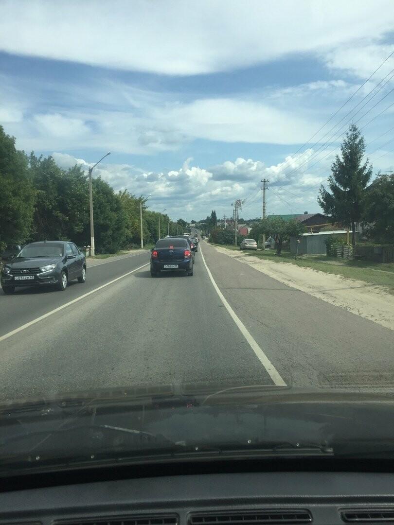 В Тамбове сошел с рельсов грузовой поезд с цистернами: движение на юге города парализовано. ВИДЕО, фото-8