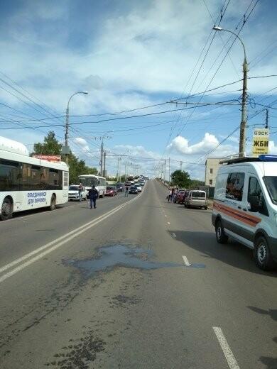 В Тамбове сошел с рельсов грузовой поезд с цистернами: движение на юге города парализовано. ВИДЕО, фото-7
