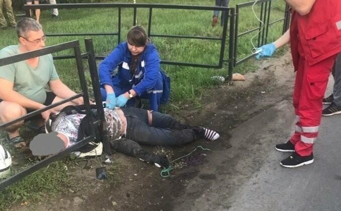 В Тамбове пьяный мотоциклист врезался в легковушку: ему оторвало ногу. ВИДЕО, фото-2