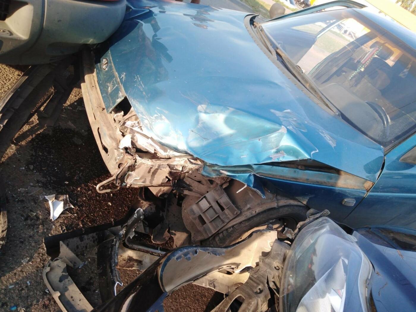 В Тамбове в тройном ДТП пострадал 9-летний ребенок и двое взрослых, фото-1