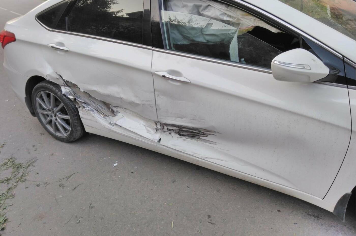 В Тамбове при столкновении двух иномарок пострадала женщина, фото-2