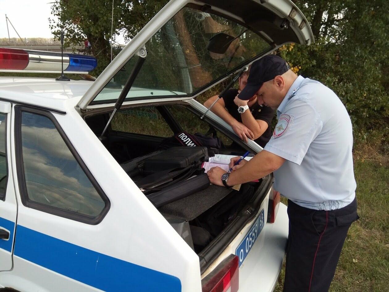 Внезапный рейд: инспекторы ГИБДД проверили автобусы и грузовики на трассе Воронеж-Тамбов, фото-3