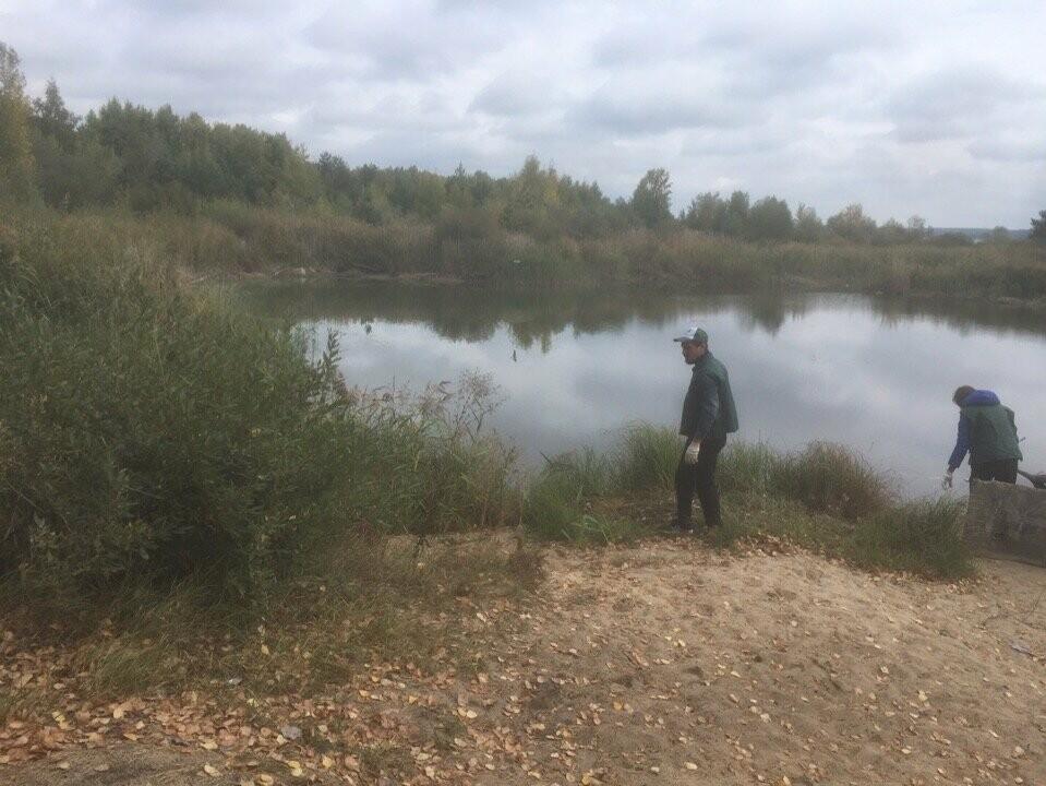 На берегу Котовского водохранилища провели субботник, фото-1
