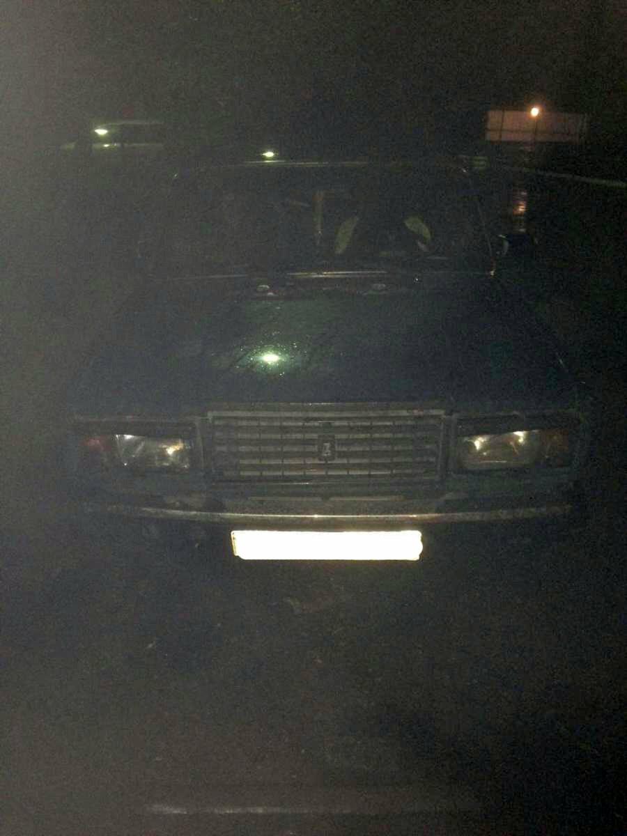 17-летняя тамбовчанка получила травмы после того, как «прокатилась» на капоте машины, фото-1
