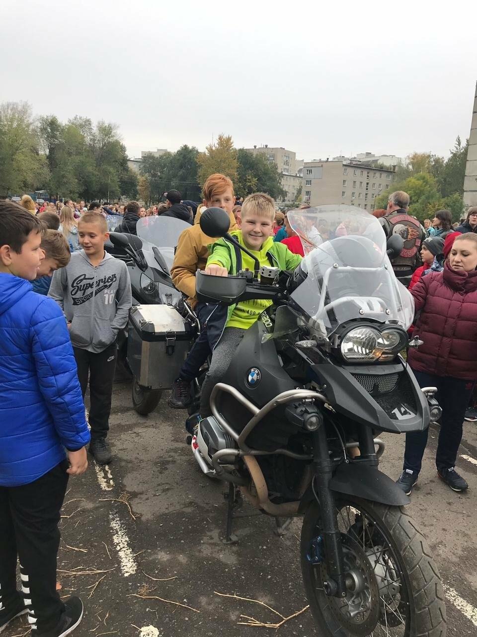 «Ночные волки» Тамбова рассказали школьникам о правилах безопасности на дороге, фото-3