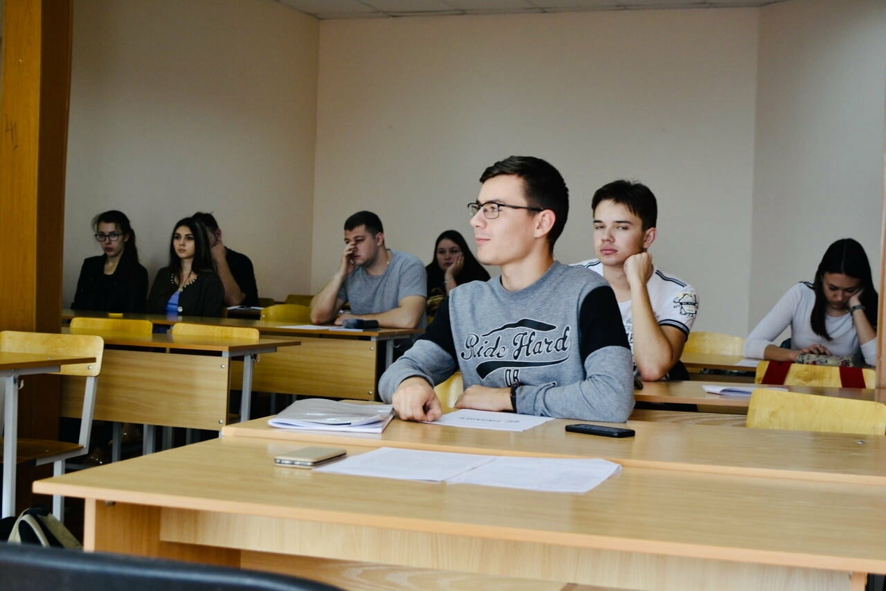 Студенты Тамбовского филиала РАНХиГС приняли участие в круглом столе, фото-1