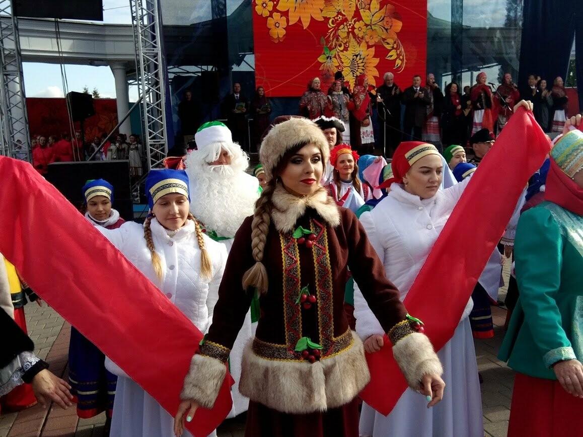 Праздник урожая и гостеприимства: в Тамбове стартовала IX международная Покровская ярмарка, фото-3