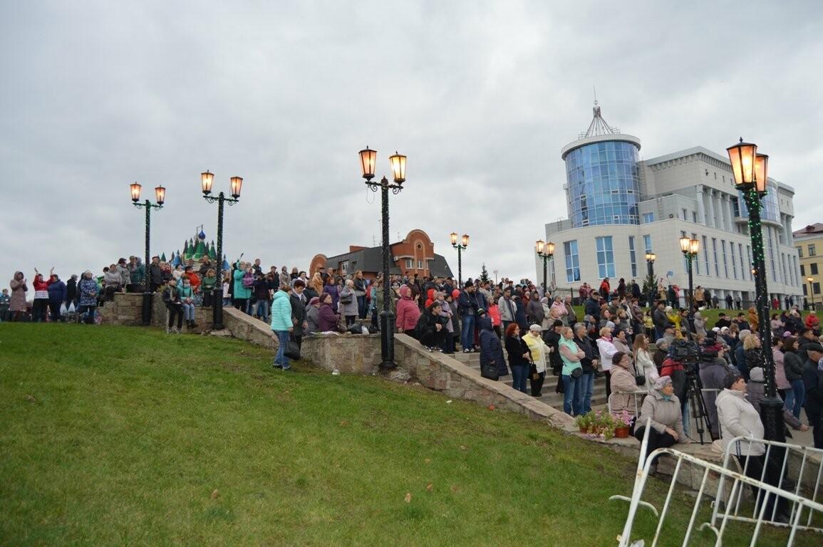 Второй день Покровской ярмарки в Тамбове: гастрономический фестиваль, праздник сарафана и танцы на лошадях, фото-7