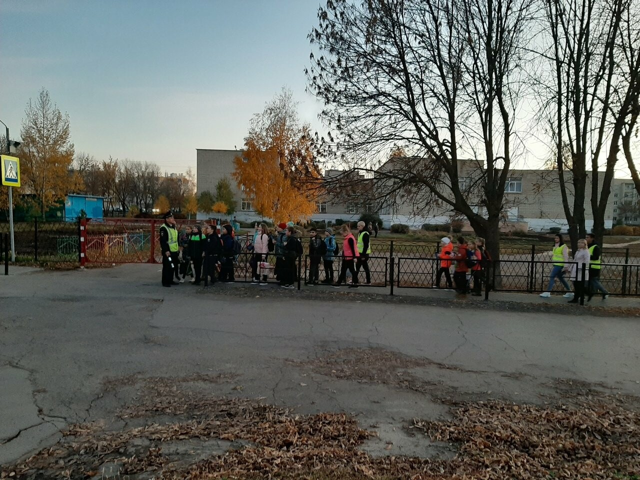 Ученики Цнинской школы стали заметнее на дороге, фото-1