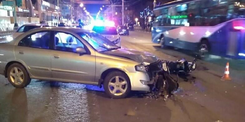Мотоциклист получил тяжелые травмы в ДТП в центре Тамбова: видео, фото-3