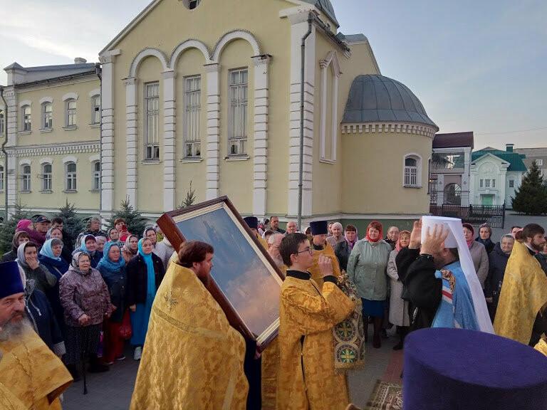 Православные тамбовчане встретили чудотворный образ иконы Божией Матери «Всех скорбящих Радость», фото-4