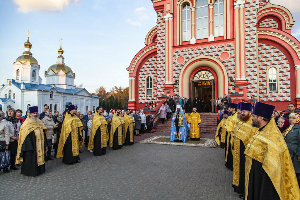Православные тамбовчане встретили чудотворный образ иконы Божией Матери «Всех скорбящих Радость», фото-2