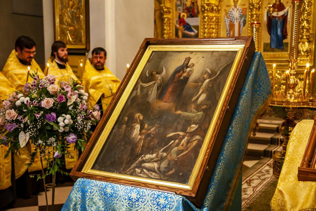 Православные тамбовчане встретили чудотворный образ иконы Божией Матери «Всех скорбящих Радость», фото-7