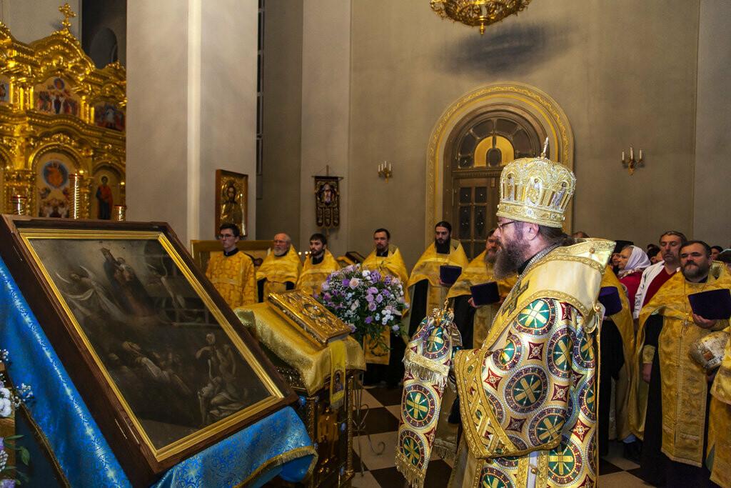 Православные тамбовчане встретили чудотворный образ иконы Божией Матери «Всех скорбящих Радость», фото-9