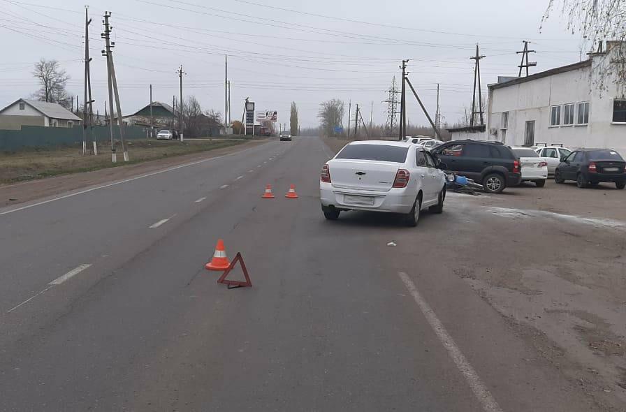 В Тамбовской области госпитализировали мотоциклиста после столкновения с двумя автомобилями, фото-2