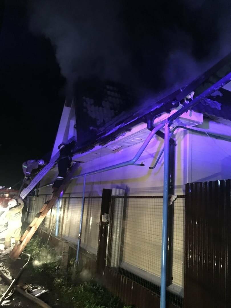 В Тамбове загорелись два частных дома, фото-3