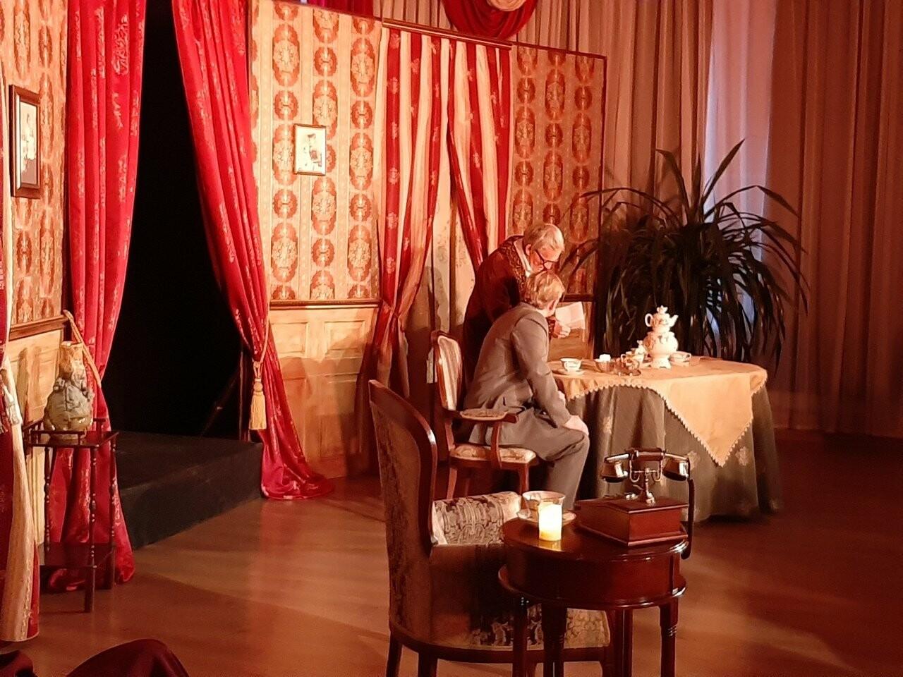 В Тамбовском молодежном театре устроили «Ужин при свечах» , фото-1