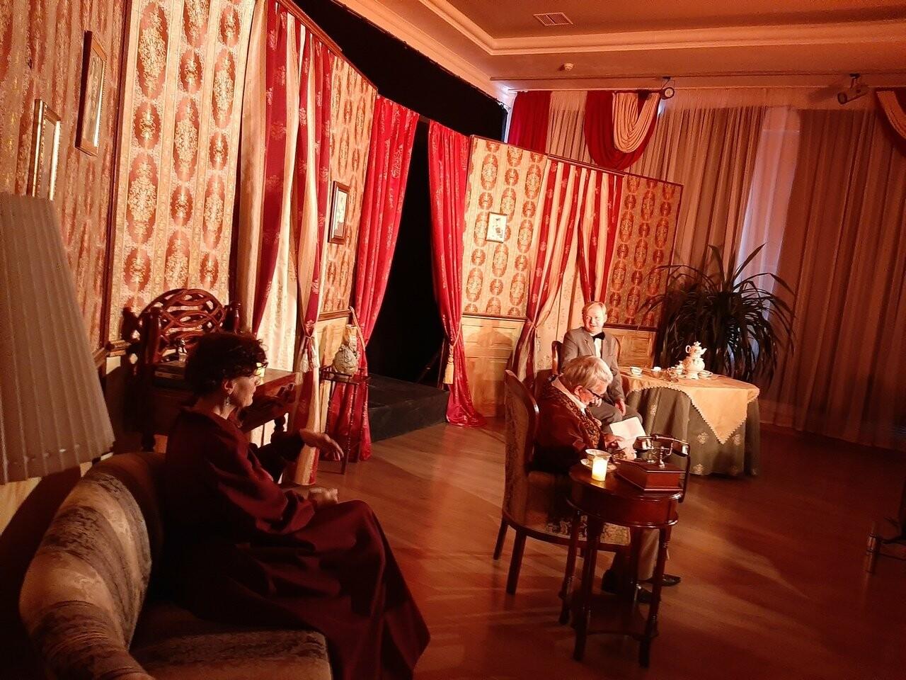 В Тамбовском молодежном театре устроили «Ужин при свечах» , фото-3