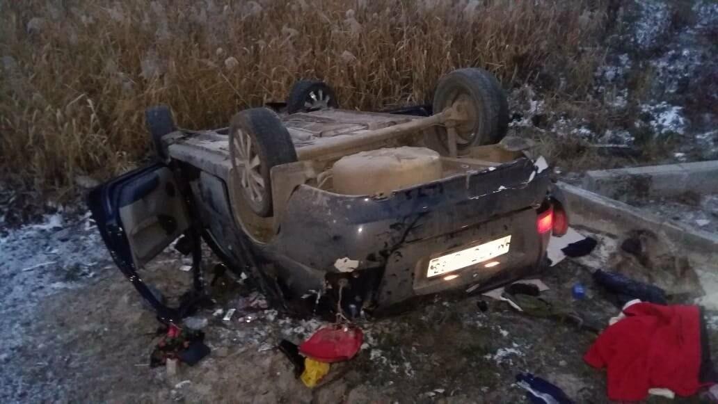 При въезде в Тамбов «Лада Калина» сбила человека и вылетела в кювет: пострадали 6 человек, в том числе 2-летний ребёнок, фото-2
