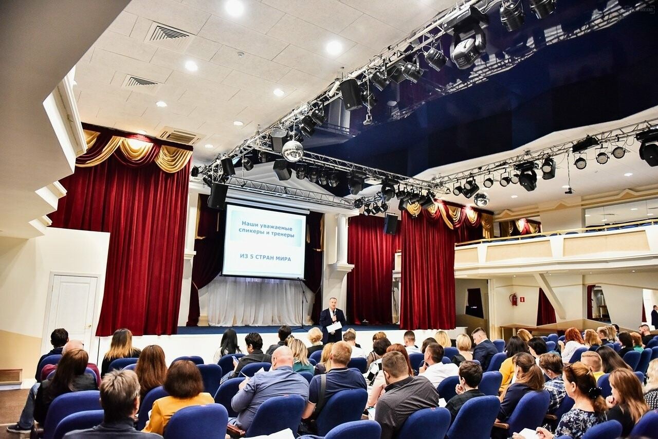 В Тамбове с авторским тренингом «Тайны великих ораторов» выступит Александр Акулинчев, фото-5