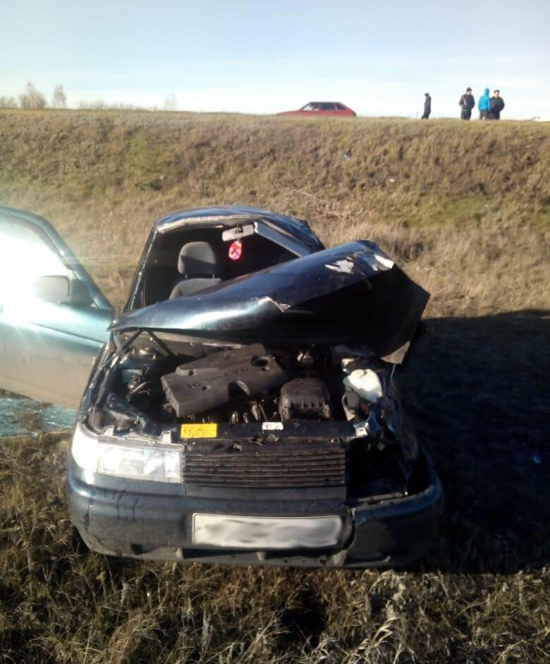 В Тамбовской области легковушка вылетела в кювет и перевернулась: погибла девушка, фото-1