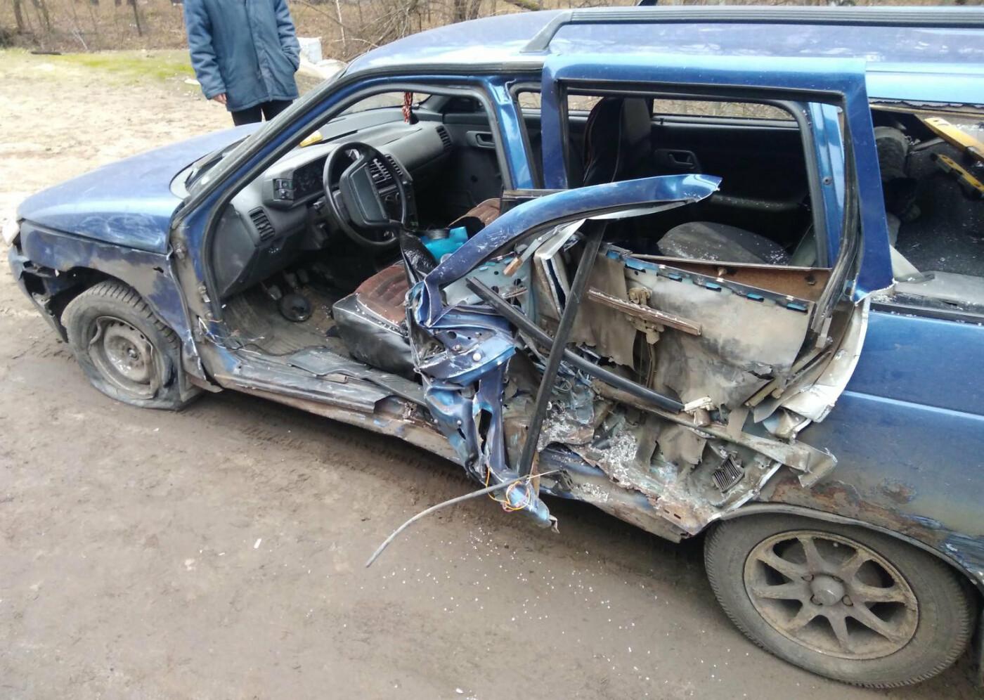 На трассе под Тамбовом столкнулись две легковушки, один человек пострадал, фото-2