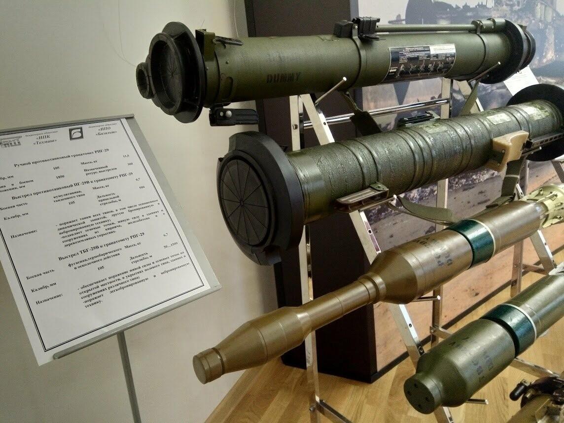 От пулеметных патронов до перспективных ракет: в Тамбове показали современные боеприпасы, фото-8