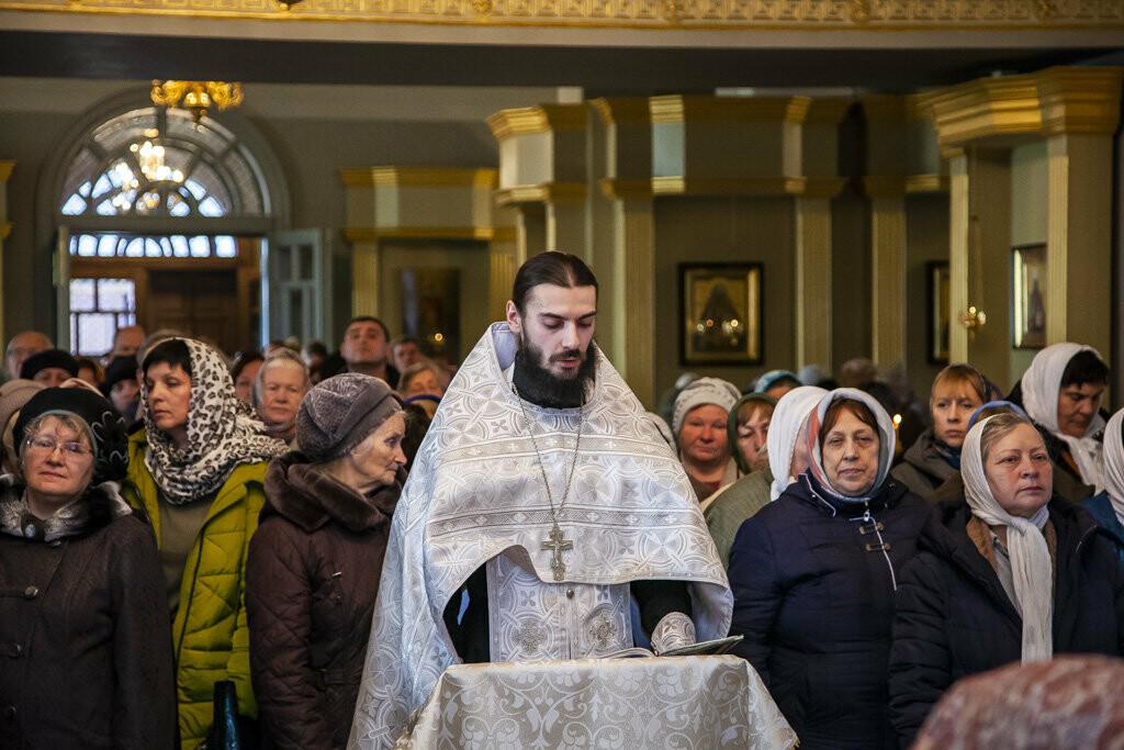 В Тамбов привезли частицу пояса Пресвятой Богородицы, фото-1
