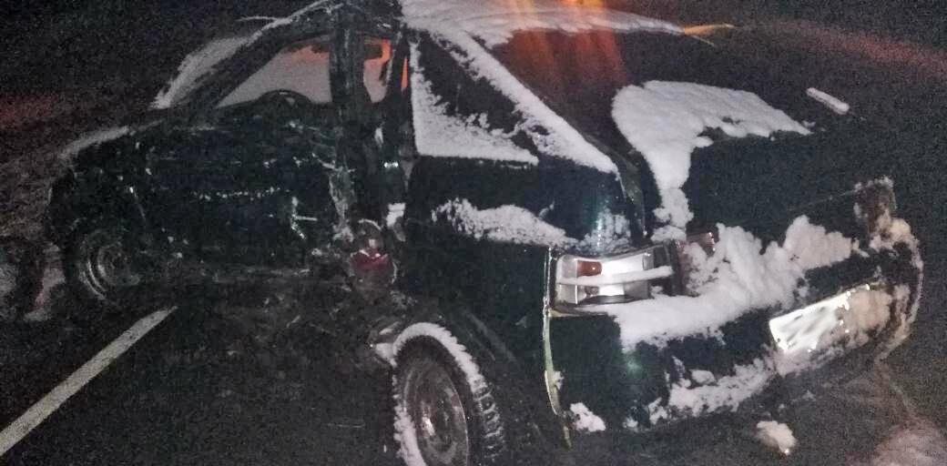 Под Тамбовом молодая девушка за рулем легковушки въехала в фуру: она скончалась по дороге в больницу, фото-1