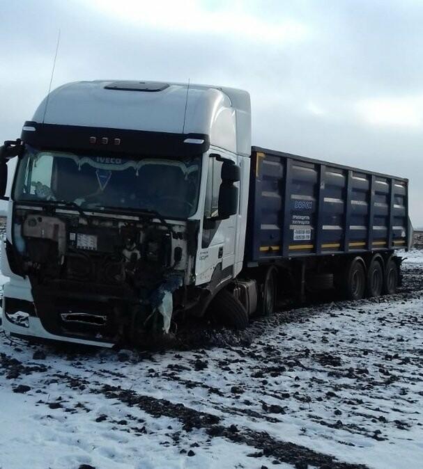 На федеральной дороге Воронеж-Тамбов в Тамбовской области за сутки произошло второе ДТП со смертельным исходом, фото-2