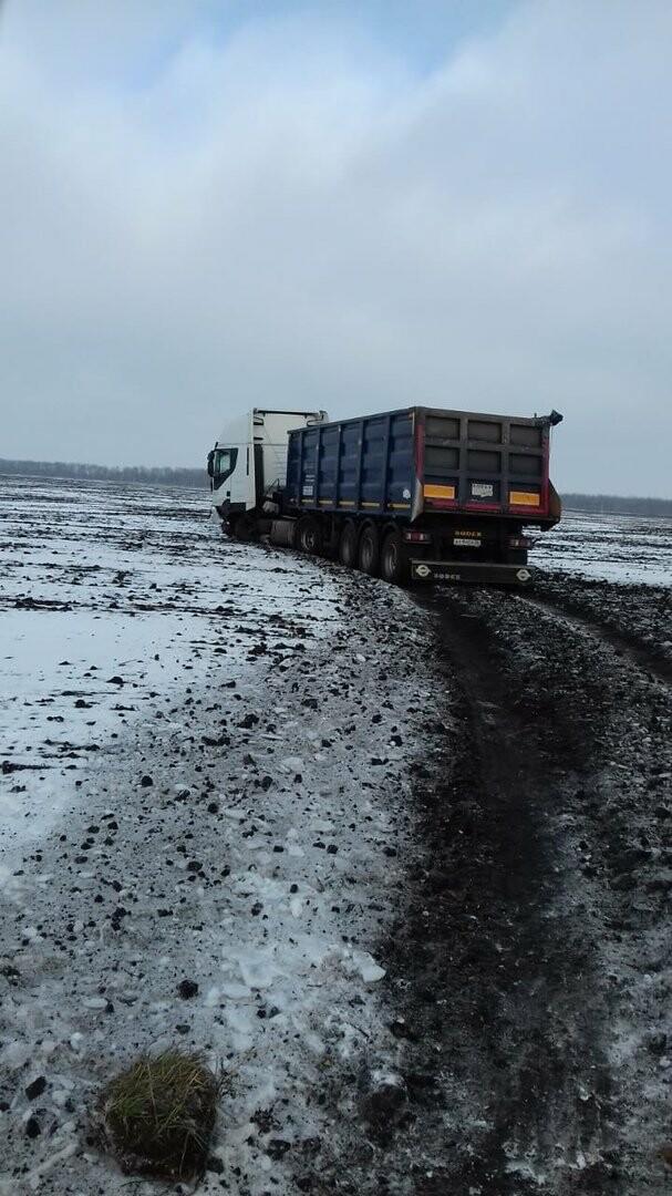 На федеральной дороге Воронеж-Тамбов в Тамбовской области за сутки произошло второе ДТП со смертельным исходом, фото-1